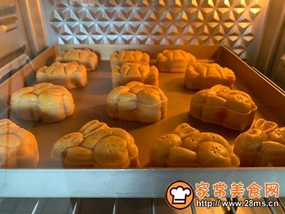 螃蟹月饼的做法图解11