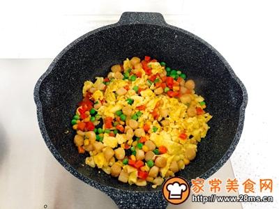 瑶柱彩色蛋炒饭的做法图解5