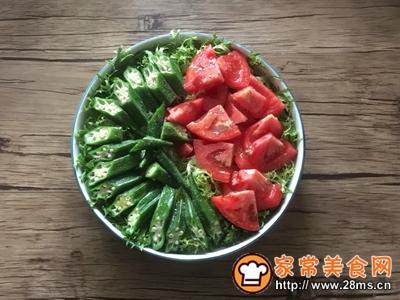 简单快手秋葵卤鸡沙拉的做法图解6