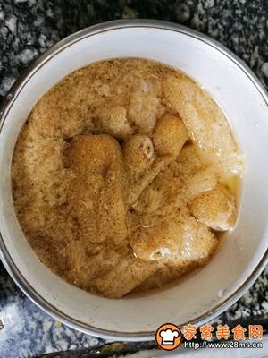 竹荪山药菌菇鸡汤的做法图解1