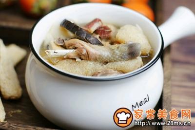 竹荪山药菌菇鸡汤的做法图解7