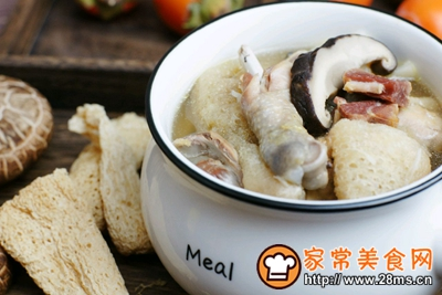 竹荪山药菌菇鸡汤的做法图解9