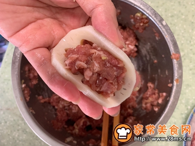 藕夹蒸肉的做法图解5
