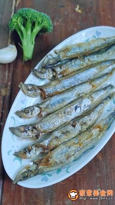 多春鱼肉松寿司的做法图解4