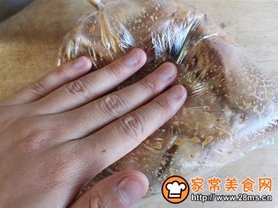 蜂蜜椰香烤鸡翅的做法图解8