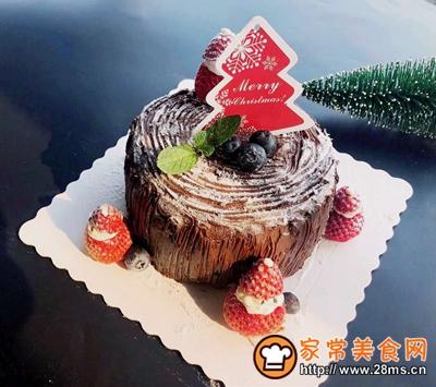 圣诞树桩蛋糕的做法图解32