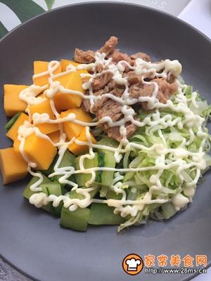 金枪鱼蔬菜水果沙拉的做法图解9