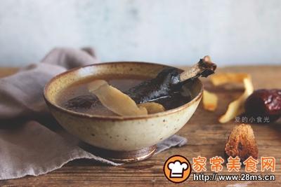 沙参玉竹乌鸡汤滋阴润燥的做法图解8