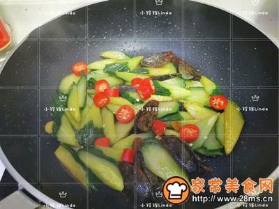 黄瓜烧皮蛋的做法图解9
