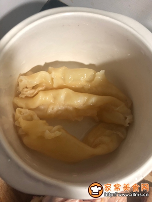 女神入秋必备汤水红枣花胶炖土鸡的做法图解6