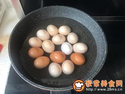 核桃壳卤啤酒蛋的做法图解2