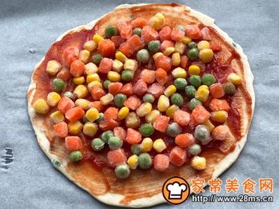 手抓饼版蔬菜虾仁披萨的做法图解3