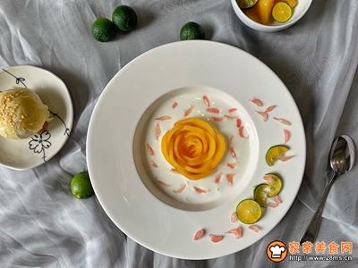 黄桃酸奶的做法图解5