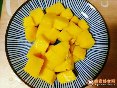 芒果薯泥沙拉的做法图解3