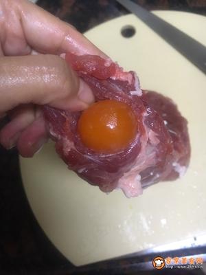 咸蛋叉烧肉的做法图解4