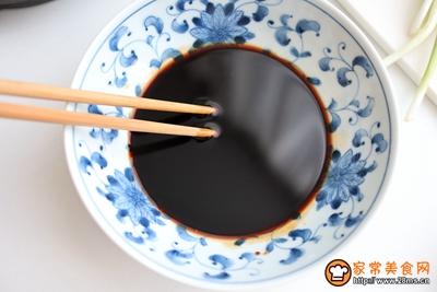 煎蛋酸汤葱花面的做法图解2