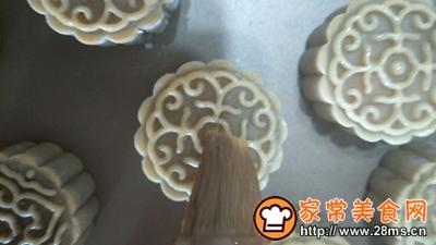 莲蓉月饼的做法图解9