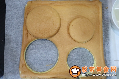长寿面蛋糕(祝福祖国70周年快乐)的做法图解14