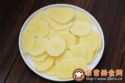 蛋黄土豆泥的做法图解1