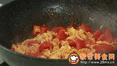 西红柿炒鸡蛋的做法图解6