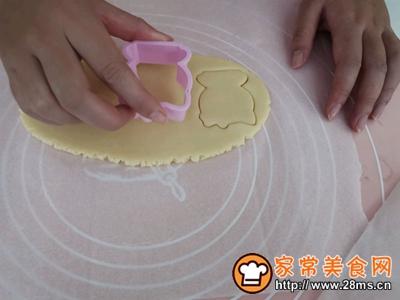 卡通饼干低糖香酥宝宝饼干的做法图解3
