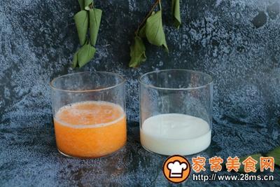 双色大理石纹蜜瓜酸奶的做法图解5