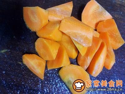 玉米胡萝卜骨头汤的做法图解5