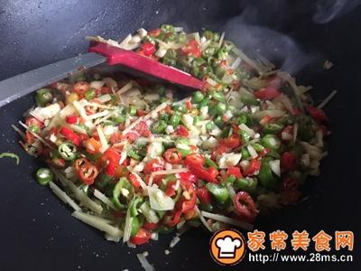 韭黄紫苏炒螺肉的做法图解6