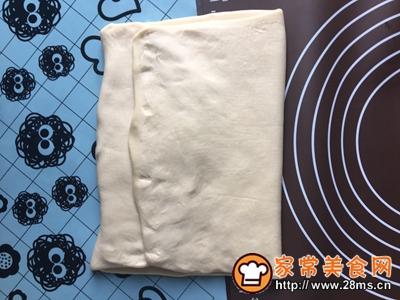 黑芝麻可颂面包的做法图解6