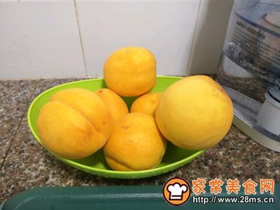 美味黄桃罐头的做法图解2