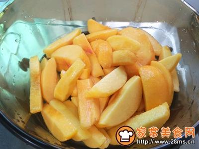 美味黄桃罐头的做法图解3