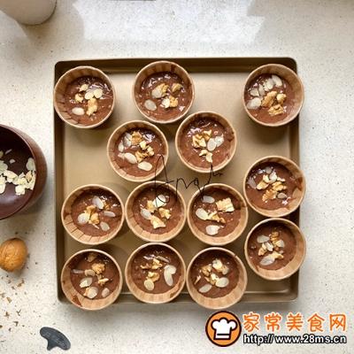 核桃榛子巧克力麦芬蛋糕的做法图解7