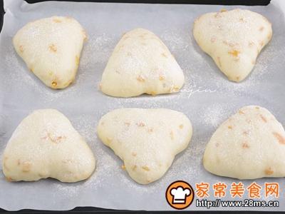 芒果酸奶面包的做法图解11