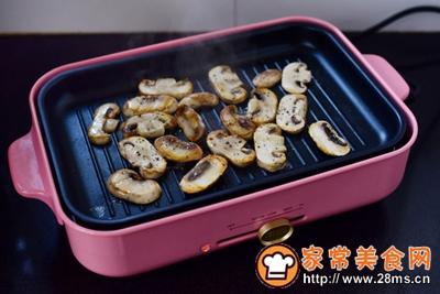黑椒煎蘑菇