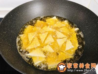红烧三角豆腐