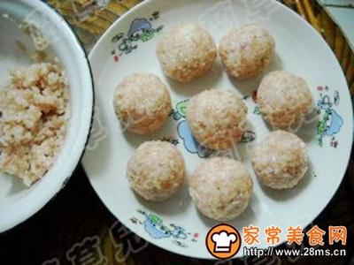 蒸莲藕猪肉丸