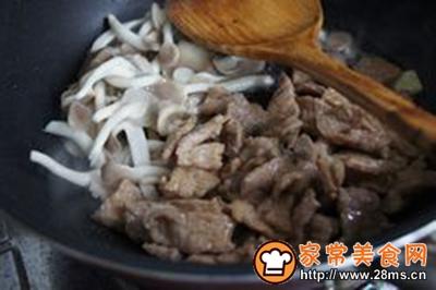 绣针菇炒肉片