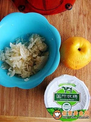 绿茶柚子酸奶