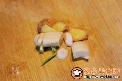 秀珍菇蚕豆米