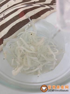 宝宝辅食  银鱼秋葵煎蛋