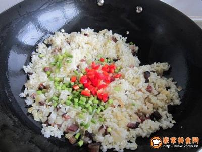 泡菜腊肉蛋炒饭