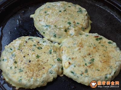 豆渣韭菜鸡蛋饼