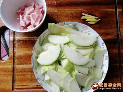 西葫芦清炒肉丝