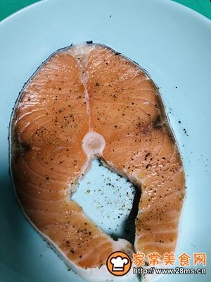 做正宗香煎三文鱼的图片步骤2