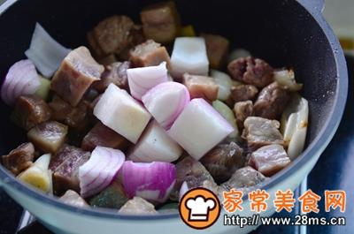 做正宗米酒菌菇炖牛腩的图片步骤7