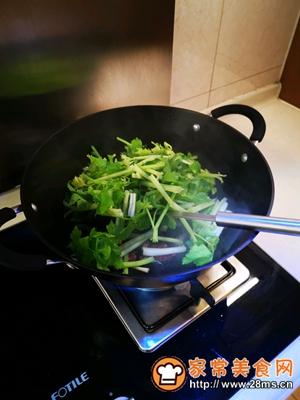 做正宗健康美味快手菜香芹炒广式腊肠的图片步骤5