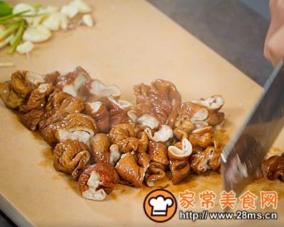 做正宗极妙厨房香辣肥肠的图片步骤2