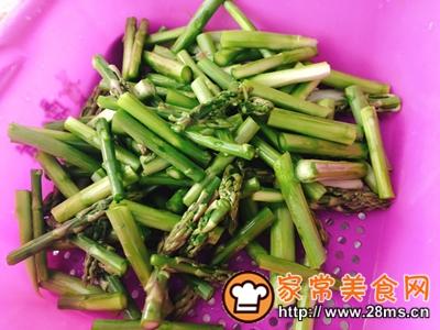 做正宗芦笋炒鸡胸肉的图片步骤4