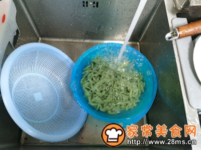 做正宗菠菜手擀面的图片步骤14
