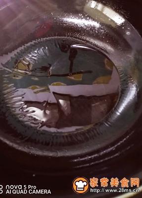 做正宗营养快手早餐:鸡蛋炒虾皮的图片步骤2
